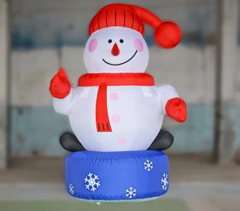 Пневмостенд Снеговик на подиуме