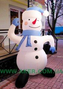Пневмостенд Снеговик с синей шапкой